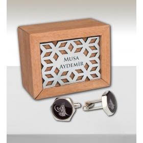 eJOYA Kişiye Özel Ahşap Kutuda Osmanlı Tuğrası Kol Düğmesi 82716