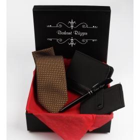eJOYA  Kişiye Özel Kravat Cüzdan Kalem Kartlık Seti 85035