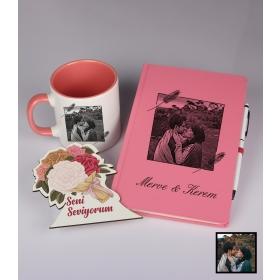 Sevgililer Gününe Özel Kişiye Özel Karikatür Fotoğraflı Defter Kalem Kart Kupa Seti 93330
