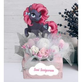 eJOYA Kişiye Özel Şirin Pony Aranjmanı Kokulu Taş 94354