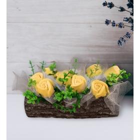 eJOYA Sarı Güller Doğal Ağaç Kokulu Taş Aranjmanı 94633