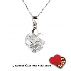 eJOYA Kristal Gümüş Kalp Kolye Özel Çikolatalı Kutuda