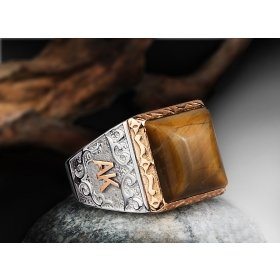 eJOYA 925 Ayar Doğal Kaplangözü Taşlı Altın Harfli Gümüş Erkek Yüzük