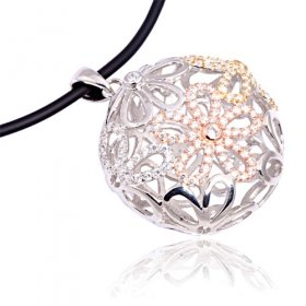 eJOYA Oval Çiçekli Gümüş Kolye