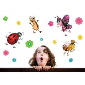 Uğur Böceği ve Kankaları Duvar Sticker
